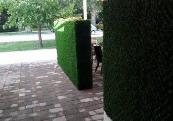 Ограда од вештачка трева