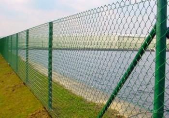 Жичана ограда